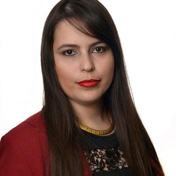 Viviany Souza Fernandes