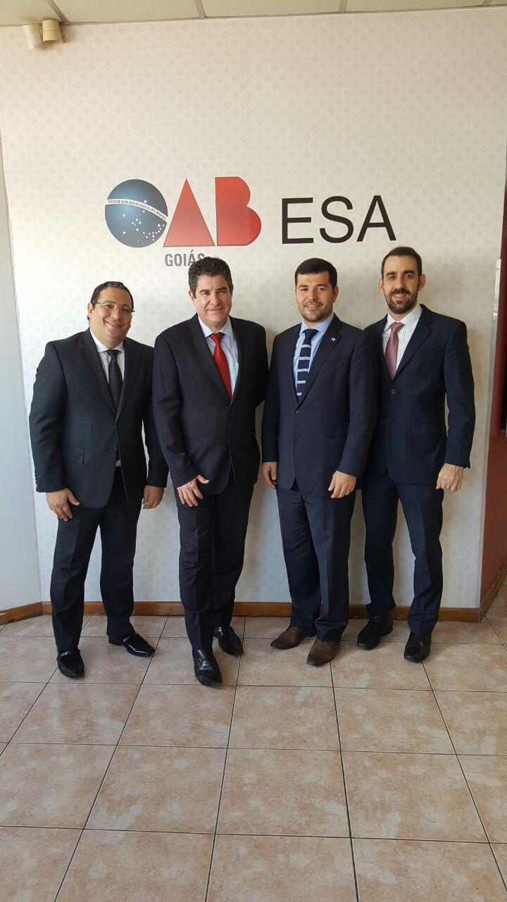 ESA-GO lança pós-graduação inédita para estudos avançados em Direito Contratual