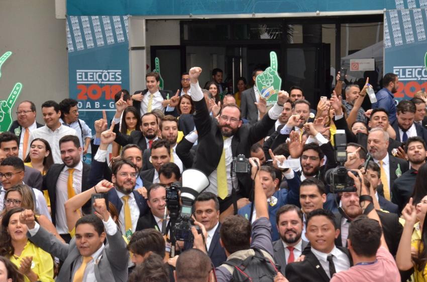 Lúcio Flávio é reeleito e vai comandar a OAB no próximo triênio