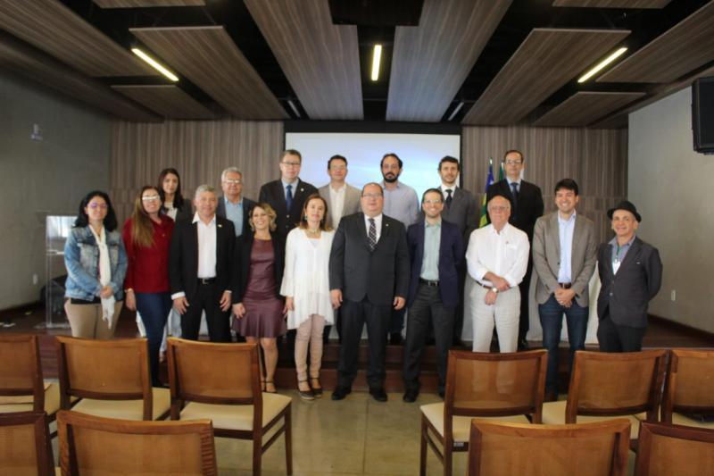 """Em reunião do Focco-GO, OAB-GO debate programa """"Controladoria na Escola"""""""