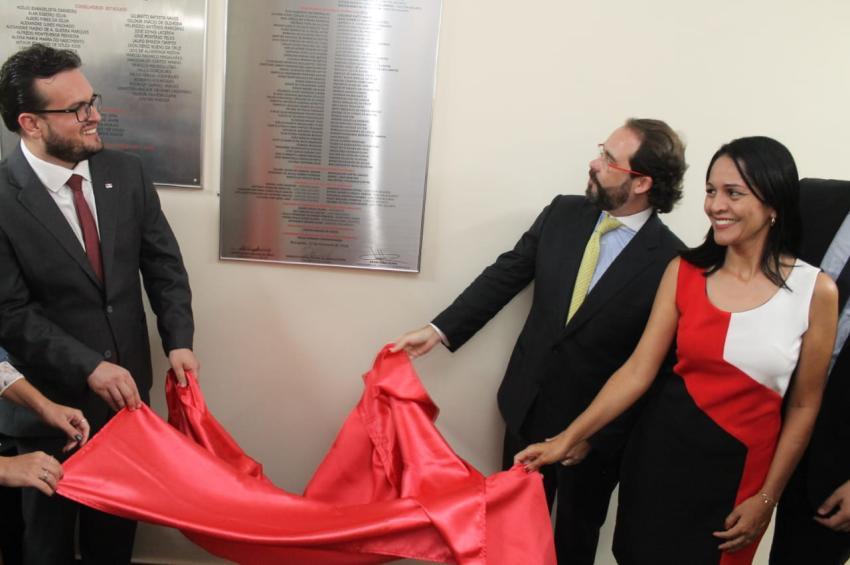 Em Nerópolis, OAB-GO entrega reestruturação da 101ª sala para advocacia goiana
